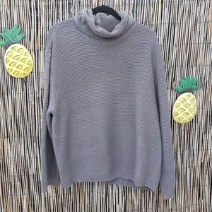 Divided turtle neck ribbed pullover gray sweater Size Large